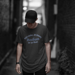 Produktbild T-Shirt kniet nieder... Bochum