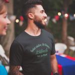 Produktbild T-Shirt kniet nieder... Lübeck