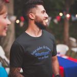 Produktbild T-Shirt kniet nieder... Stuttgart