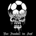 Kapuzenpulli nur Fussball im Kopf  schwarz Ultras